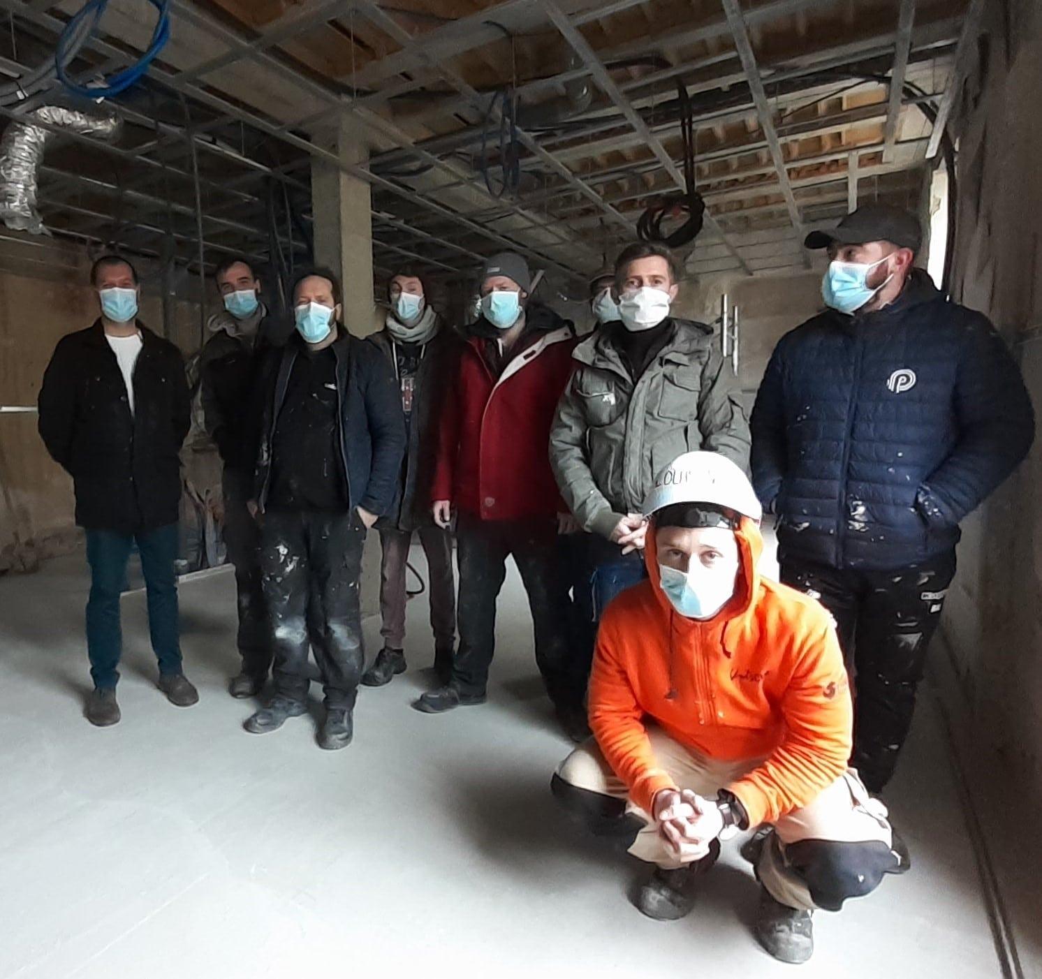 équipe du chantier de formation de st pierre d'eyraud